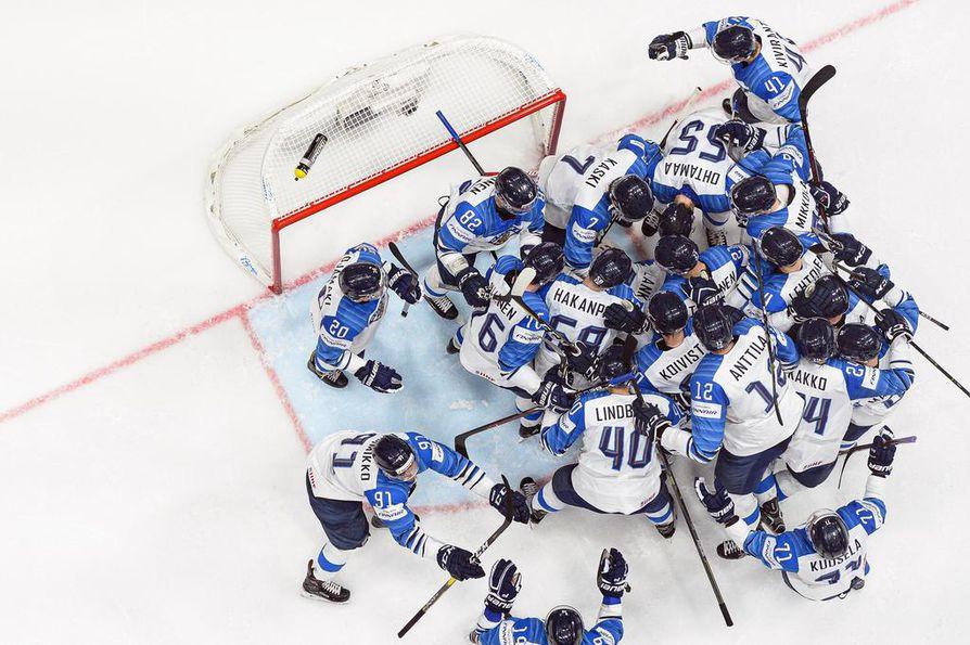 Suomen maajoukkue riemuitsi lauantaina, kaadettuaan Venäjän MM-kisojen välierässä maalein 1–0.