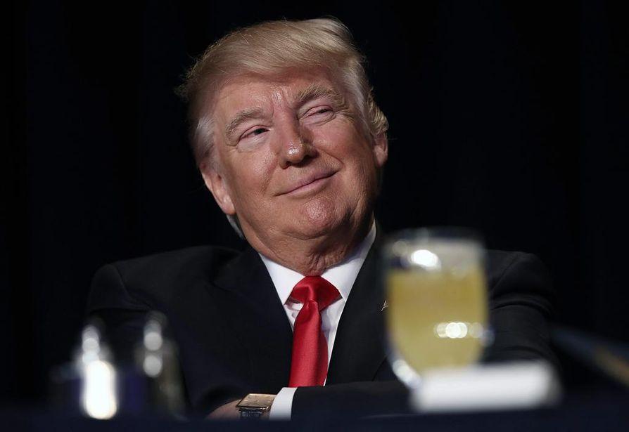 Kansanedustaja Antero Laukkasen mukaan Yhdysvaltain presidentin Donald Trumpin rukousaamiaisella torstaina välittyi tiivis ja innostunut tunnelma. Trumpiakin hymyilytti.