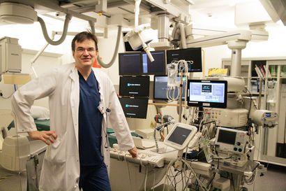 Sydänlääkärille pääsee nyt nopeasti–OYSin kardiologian erikoislääkärin mukaan tilanne on sinänsä hyvä, mutta syy huono: ihmiset sinnittelevät vakavien oireiden kanssa kotona koronapelon vuoksi