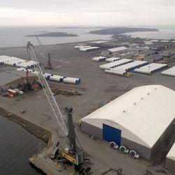 200-metrisen rahtilaivan ruumassa paloi Raahen Lapaluodon satamassa
