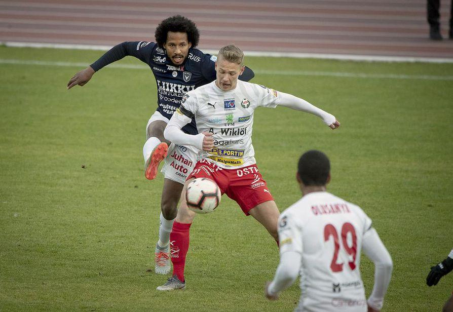 Keskikenttäpelaaja David Ramadingaye oli AC Oulun pelin sielu lauantaina.