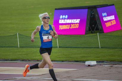 """Annemari Kiekara keskeytti MM-puolimaratonin Puolassa hermokivun takia – """"Harmittaa"""""""