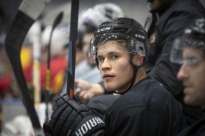 """Keskusteluyhteys Jesse Puljujärven ja Edmontonin välillä on jälleen auki, Oilers-pomo myöntää neuvotelleensa Puljujärven kanssa: """"Jatkamme keskusteluja ja näemme sitten, minne se johtaa"""""""