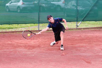 Raahesta tulossa lupaavia tennispelaajia – Koivuluodossa pelataan tänä viikonloppuna kansalliset kisat