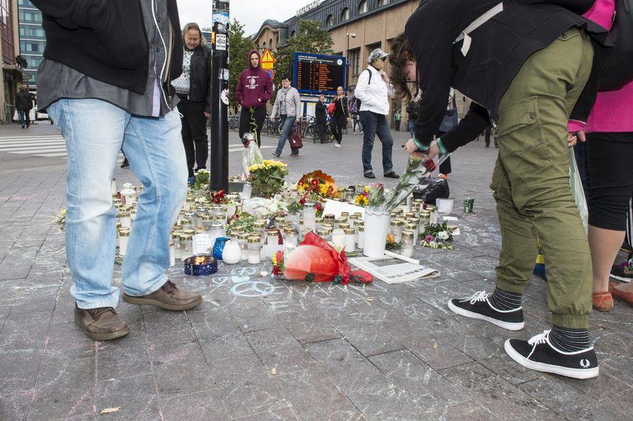 Jesse Torniaista epäillään Helsingin Asema-aukion väkivallanteosta ja törkeästä kuolemantuottamuksesta.