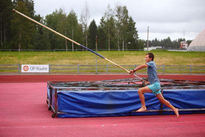 Raahelainen Petteri Tuomaala on kotimaan tilastokärki – isosisko Emilia on menossa Kalevan kisoihin