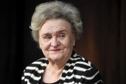 Lukijoiden rakastama kirjailija Laila Hirvisaari on kuollut 83-vuotiaana
