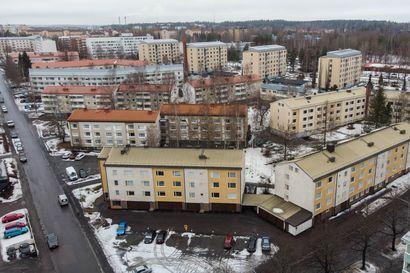 Miksi suomalaisessa ilmastokeskustelussa sauhutaan vain autoista? – Asumisen päästöt ovat selvästi suurempia