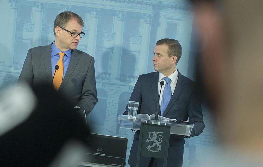 Järjestöt haluavat vastausta hallituksen keskeisiltä ministereiltä kuten pääministeri Juha Sipilältä (kesk.) ja valtiovarainministeri Petteri Orpolta (kok.).