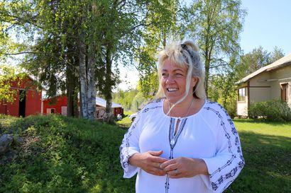 Ruotsinsuomalainen Pia-Karin Nikkinen vannoi, ettei koskaan muuta lökäpöksyjen maahan – toisin kävi, nyt hän elää Sodankylässä