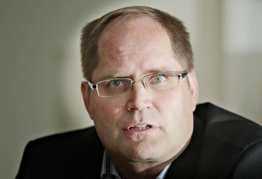 Jarmo Ronkainen on ollut neljä vuotta Haukiputaan kunnanjohtaja.