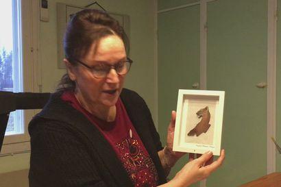 Paula Moilanen tekee taidetta kaarnasta