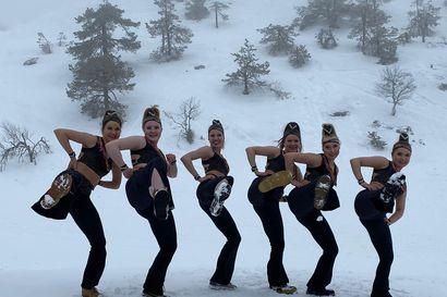 Tanssi villasukissa Rukan usvassa vakuutti – Neidonkenkä jatkoon kansainvälisessä videokisassa