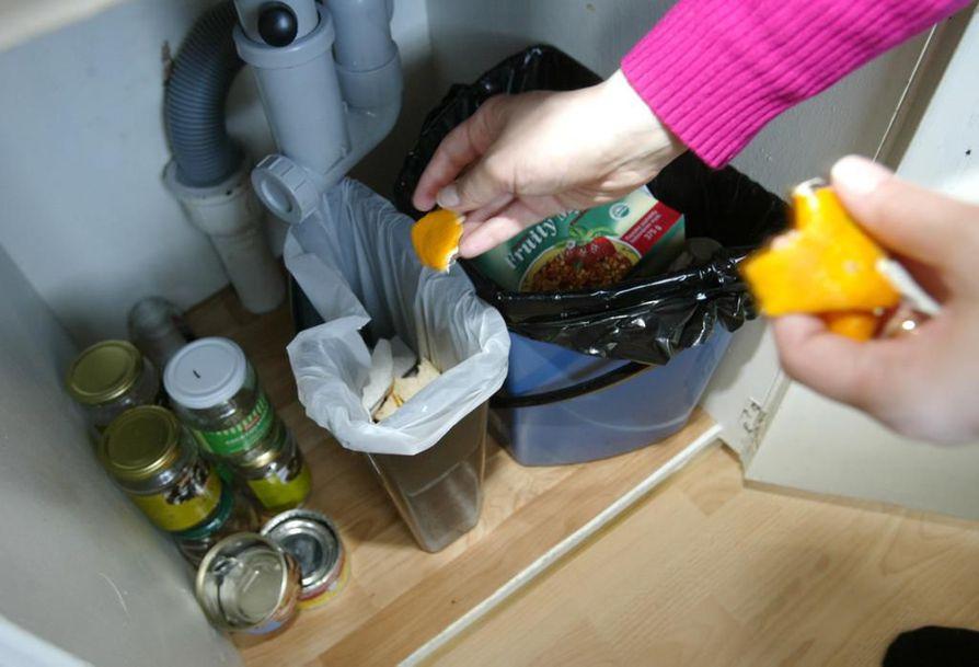 Suomella on paljon tekemistä saavuttaakseen EU:n kierrätystavoitteet. Kuntien rooli erityisesti kotitalousjätteen kohdalla on iso, mutta tietoa kierrätyksen tehostamiseksi puuttuu.