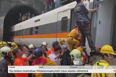 Taiwanissa yli 50 ihmisen kuolemaan johtaneen junaturman syyksi epäillään löysälle jäänyttä käsijarrua