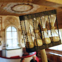 Maanantaina Kempeleen Vanhan kirkon käyttöönotosta tulee kuluneeksi 330 vuotta – sitä ei nyt juhlita, sillä seurakunta odottaa vuoden päästä vietettävää remontin jälkeistä vihkiäisjuhlaa