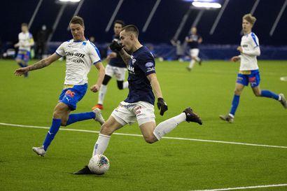AC Oulu avasi voitolla RoPS:sta – Oululaisjoukkueen hyökkäyspäässä piisaa kovaa kilpailua peliajasta