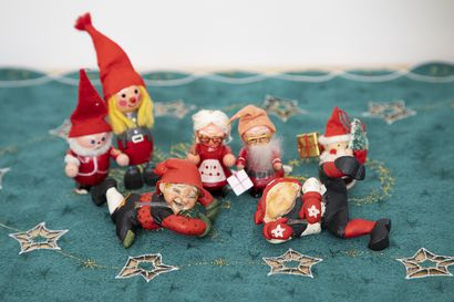 Vanhoissa joulukoristeissa on lempeää nostalgiaa – katso kuvia somisteista eri vuosikymmeniltä