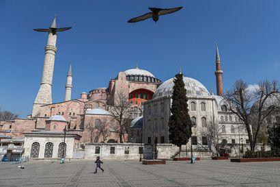 Hagia Sofiasta tuli moskeija – Unesco arvioi uudestaan turkkilaisen maailmanperintökohteen aseman