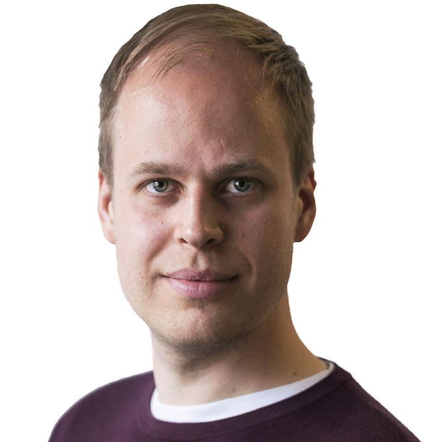 Toimittaja Hannu Toivonen