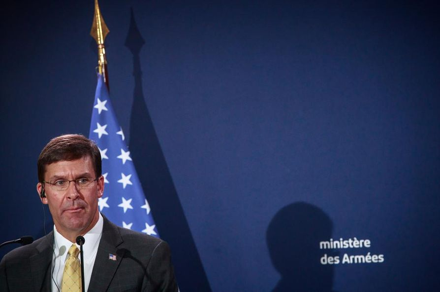 Yhdysvaltaisin puolustusministerin Mark Esper kertoi perjantaina, että maa aikoo lähettää lisää joukkoja Persianlahdelle Saudi-Arabian öljyntuotantolaitoksiin tehdyn iskun vuoksi.