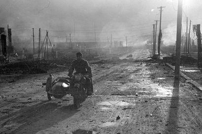 Lokakuinen aamu tasan 75 vuotta sitten paljasti järkyttävän näyn – vaihtokuvat kertovat, kuinka vähän Rovaniemestä jäi jäljelle saksalaisten lähdettyä