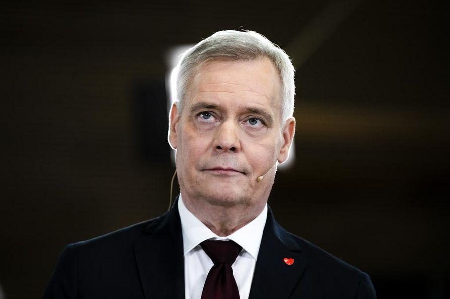 Venäjän pääministeri soitti Antti Rinteelle onnittelupuhelun, jonka yhteydessä kutsu Moskovaan esitettiin.