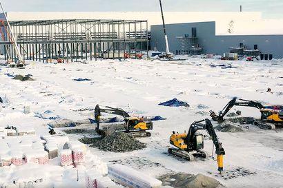 Skellefteån akkutehtaalle tarvitaan 3000 työntekijää – uusille asukkaille etsitään asuntoja ja ystäviä