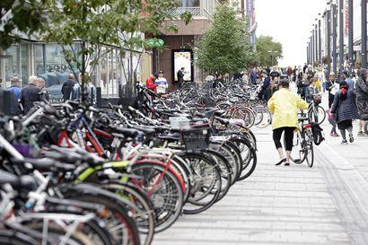 Kaupunki raivasi pyöräparkeista käyttämättömät pyörät elokuussa – useampi kymmenen pyörää lähti kierrätykseen