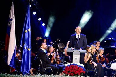 """Euroopassa puhetta johtaa nyt Slovenian Trumpiksi pyrkivä pääministeri –""""Älkää tuomitko meitä politiikan perusteella"""", toimittaja Aleš Kocjan vetoaa"""