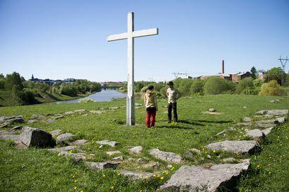 Turussa innostuttiin Olavinreiteistä, nyt kaupungissa suunnitellaan pyhiinvaelluskeskusta – poikkeuksellinen kevät lisäsi pyhiinvaellusten suosiota