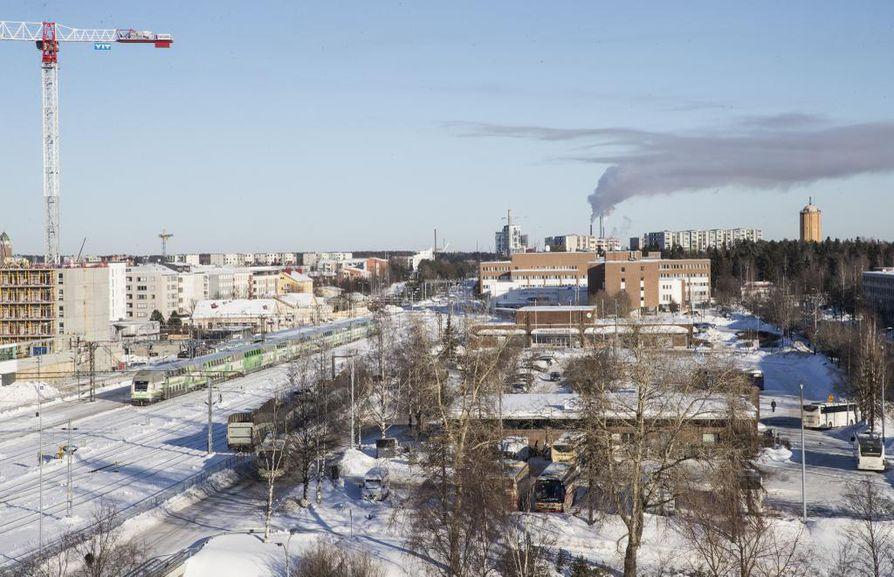 Asemanseudun Raksilan puolella on nyt vähän toimintaa. Noin viiden hehtaarin laajuisesta alueesta kaavaillaan elimellistä osaa kaupunkikeskustaa.