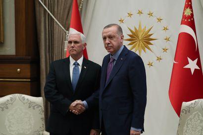 Turkki suostui Yhdysvaltojen tulitaukoehdotukseen
