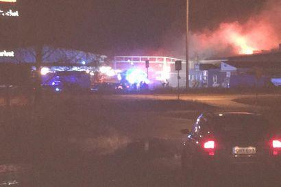 Kolarin K-raudan myymälä ja suuri osa varastosta tuhoutuivat tulipalossa