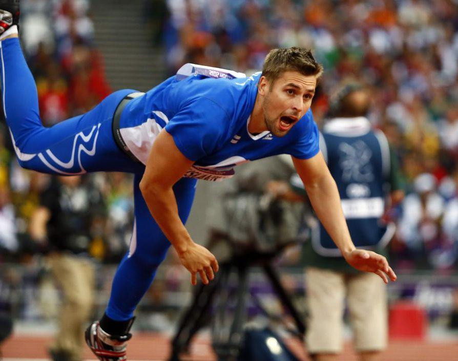 Antti Ruuskasen 84,12 metrinen kaari vei miehen mitalikorokkeelle.