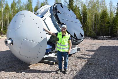 Tuulivoimaloiden nosto on tiimityötä – Haapajärven Välikankaalle nousee 24 jättimäistä tuulivoimalaa heinäkuun loppuun mennessä