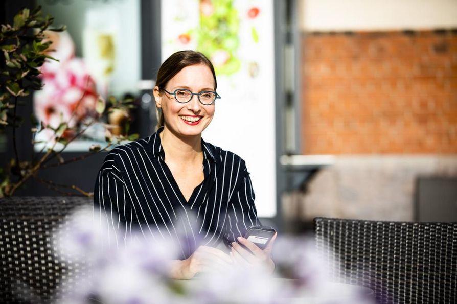 Palkitseminen herättää positiivisia tunteita, kun se on reilua ja läpinäkyvää, sanoo Mandatum Lifen palkitsemispalveluiden johtaja Kiisa Hulkko-Nyman.