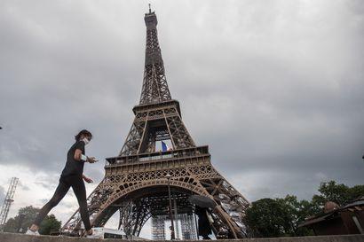 Kaupat ja kampaamot avaavat ovensa kahdeksan viikkoa kestäneen ulkonaliikkumiskiellon jälkeen Ranskassa
