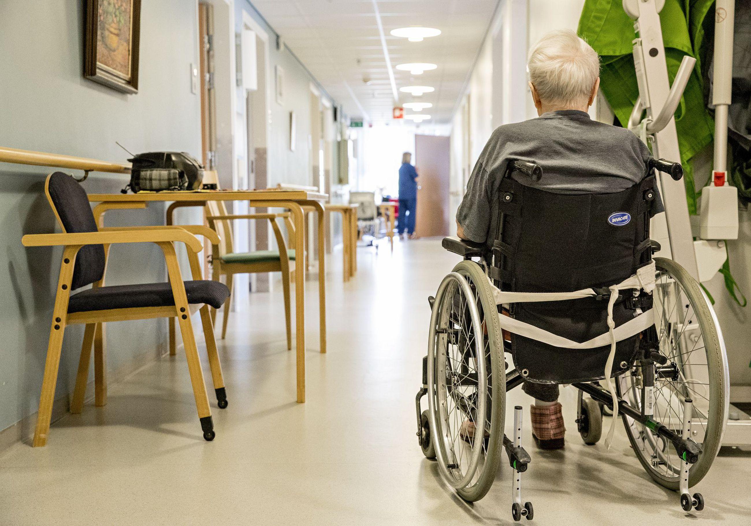 Oulun vanhuspalvelut ovat muita suuria kaupunkeja kattavammat. Palveluja saavien osuus vanhoista ikäluokista on korkea.