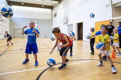 """""""Koitamme pitää harrastamisen mahdollisimman normaalina kaikesta huolimatta"""" – Urheiluseurat käynnistävät syyskausiaan poikkeusjärjestelyin"""