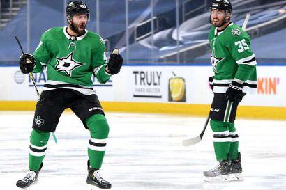 """Alexander Radulov """"lensi"""" ja ampui """"silmät kiinni"""" voittomaaliin – NHL:n suomalaisjoukkue Dallas Stars kipuaa kohti Stanley Cupia"""