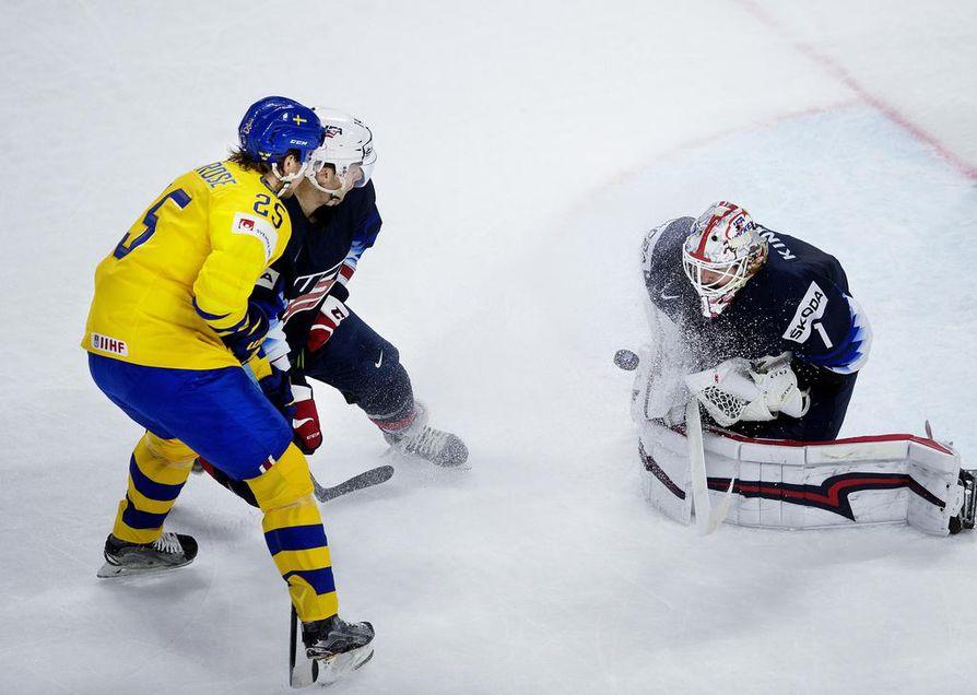 Ruotsi ja USA pelaavat MM-välieräottelua Kööpenhaminassa.
