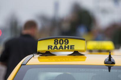 Taksiyrittäjien tehovalvonnassa löytynyt jo 1,2 miljoonaa ilmoittamattomia tuloja – myyntiä jätetty kirjaamatta ja palkkoja maksamatta, kansainvälisten sovellusten toiminta epäselvää