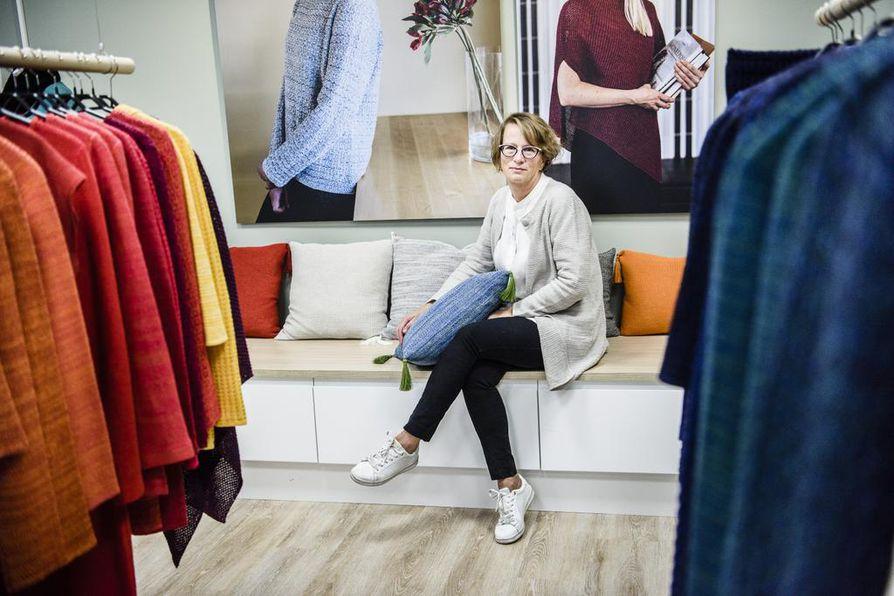 35 prosenttia Pirita Lehti-Pernusen johtaman Pirita Designin neuleista menee vientiin. Sodankylässä tuotteensa valmistavan yrityksen tarkoitus on panostaa omaan verkkokauppaansa ja laajentaa valikoimaansa myös  sisustustuotteisiin.