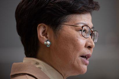 Yhdysvallat asettaa pakotteita Hongkongin johtajalle perjantaina – itsehallintoalue harkitsee vastatoimia