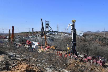 Kaivokseen loukkuun jääneitä on yritetty pelastaa Kiinassa jo lähes kaksi viikkoa – osa kaivostyöntekijöistä on 600 metrin syvyydessä