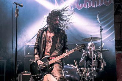 TV-arvio: Paha huumekoukku vei koomaan – rehellinen dokumentti kertoo ruotsalaisesta heavy metal -yhtyeestä