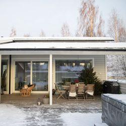 Oululaisen Katja Sevanderin kodissa elää luovuuden ilo – sisustus rakentuu kerroksittain, ajan virrassa muuntuen