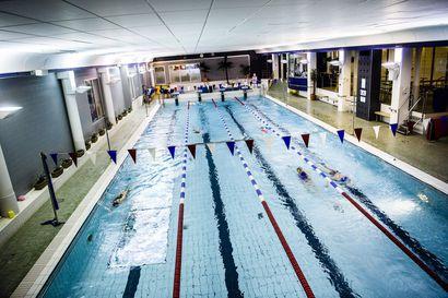 Lukijalta: Rovaniemen päättäjille ei voi antaa pisteitä uimahalliurakan pysäyttämisestä