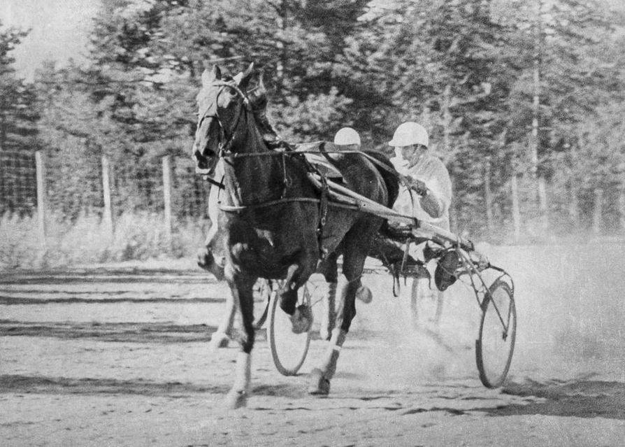 1974: Novel Heart ja Kalle Kantola Torniosta.